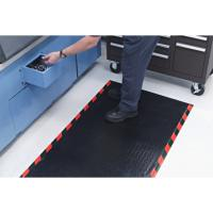 China Chemical Resistant Anti Fatigue Floor Mats / Anti-Static Floor Mat For Workshop wholesale