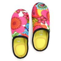 China Anti-skid neoprene lightweight relaxed travelling slippers shoes cover for woman, girls wholesale