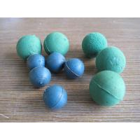 China 2 - 6 Inch Dia Ball Shaped Sponges , Concrete Pump Hose Cleaning Soft Rubber Foam Ball wholesale