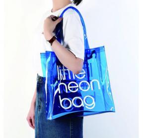 China Clear PVC Clear Tote Bag , Logo Printing Custom Blue PVC Travel Bag wholesale