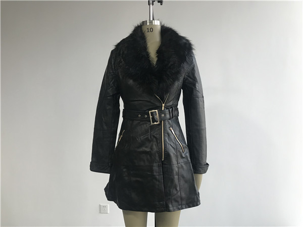 Quality Long Style Black Color Ladies PU Jacket With Detachable Fur Collar TW64825 for sale