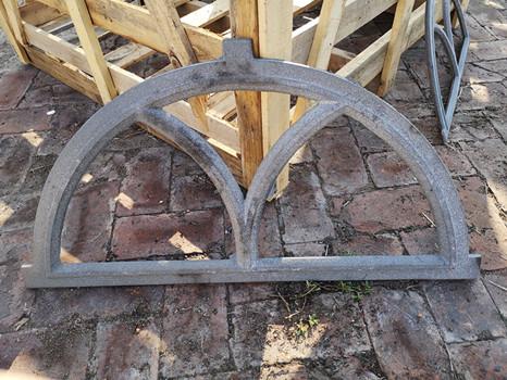Quality Antique Architectural Cast Iron Windows Salvage Half Moon Shape H19*W32CM for sale