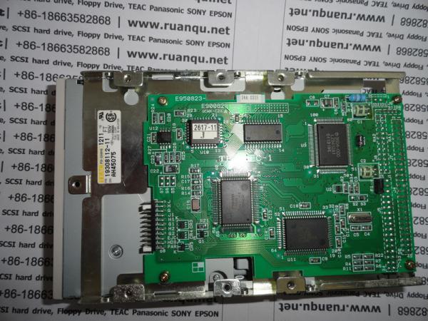 Quality Unité de disquettes de TEAC FD-235HS1211-U SCSI, plus le teac fd-235hf c700-u de Ruanqu.NET for sale