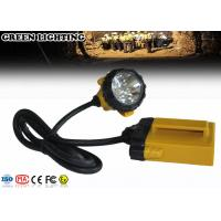 China Farol recarregável do diodo emissor de luz do peso 3W 25000Lux 10.4Ah de GL12-A IP68 490g wholesale
