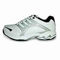 China Men's Golf Shoes, Made of Leather and PVC, OEM Orders are Welcome on sale