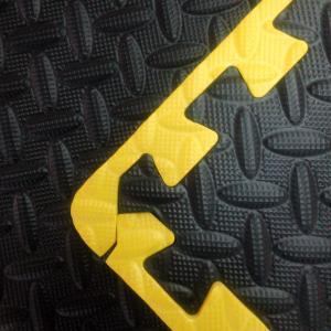 China Garage Flooring Set with yellow borders wholesale