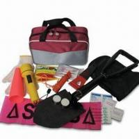 China Car Emergency Kit for Winter Use, Includes Flashlight and Signal Torch wholesale