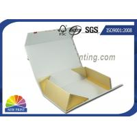 China Collapsible Foldable Gift Box Cold Foil Chocolate Gift Box with ribbon decorated on sale