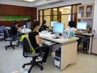 Guangzhou Huiying Auto Parts Co., Ltd.