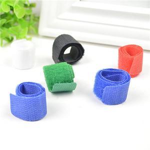 China La gestion bleue/de noir/vert corde attache les colliers adhésifs wholesale