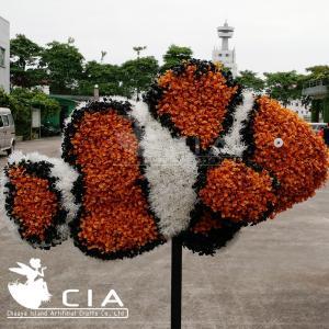 China Park Plastic Animal Topiary Fake Grass Animal Sculpture Animal Statue Clownfish wholesale
