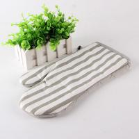 Grey And White Strip Kitchen Oven Mitts / Hosehold Heat Proof Oven Gloves 18*28 Cm