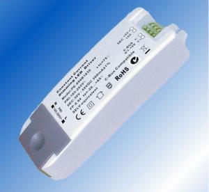 China Waterproof 6V - 15V DC 700mA 0 - 10V Dimmable Led Light Driver 10V IP64 Over Voltage wholesale