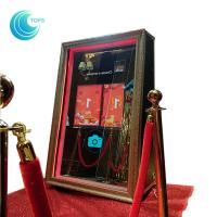 2018 hot sell custom digital touch screen magic mirror photo booth for sale