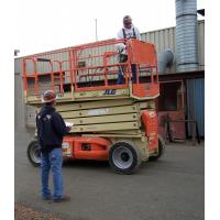 China Telescopic Cylindrical aerial work platform 100kg 10000mm with Single Ladder on sale