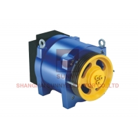 China Load 320~450kg Home Elevator Traction Machine For Elevator Spare Parts on sale