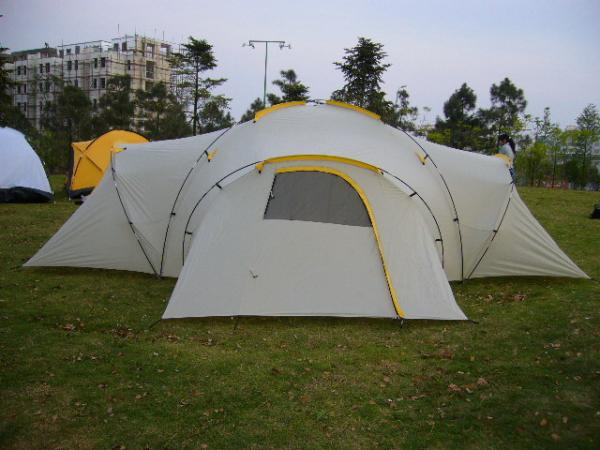 big tent for family with 6-8 person--go camping