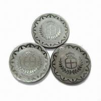 China Laser Shell Buttons with Zinc Alloy Base, Made of 100% Nature Shell, Available in Various Sizes wholesale