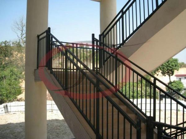 Exterior Metal Handrails Images