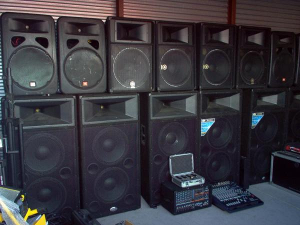 Outdoor Stereo Systems Images