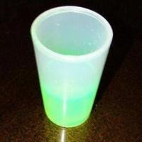 China Glow Cup, Measuring 7.5 x 13.4cm, Made of ABS, Customized Colors are Accepted wholesale