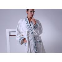 China Comfortable Fabric Velour Luxury Hotel Bathrobes With Embroidery Color for Men / Women wholesale
