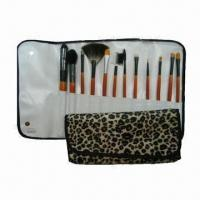 China Makeup Case with Wooden Handle wholesale