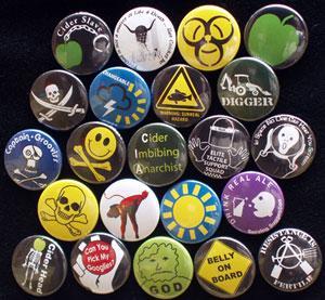 China Cheap Lapel Pin Badge wholesale