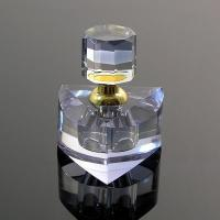 Environment Friendly Polished Crystal Perfume Bottles With Transparent Top Cap
