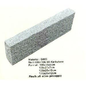 China Granite Paving Stone, Granite Cobbles and Granite Kerbstone. on sale