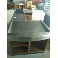 China Automatic Conveyor Belt Checkout Counter Stands With Stainless Steel Border wholesale