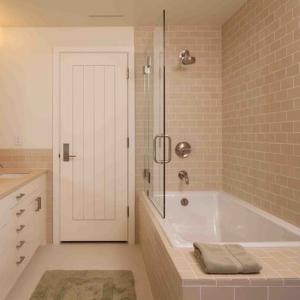 China PVC MDF Interior Wood Composite Door Natural Wood Veneer Right / Left Opening Direction wholesale
