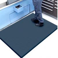 China Cushioned Anti Fatigue Comfort Kitchen Floor Mats With Emboss , Custom Printed wholesale