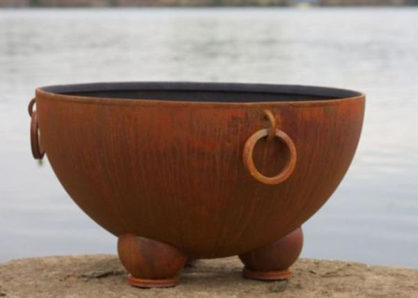 Quality Outdoor Ancient Design Rusted Steel Fire Pit , Copper Fire Pit Bowl For Yard for sale