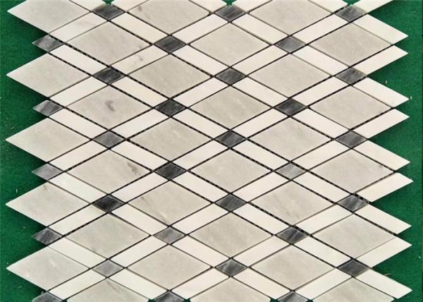 Quality Venice White Mosaic Kitchen Floor Tiles , Mosaic Style Floor Tiles 10 Mm Thick for sale