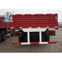 China Red Color 10tires HW76 SINOTRUK HOWO Heavy Cargo Trucks Euro 2 LHD 6X4 336HP For Transport wholesale