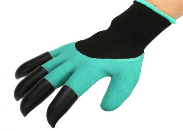 Quality Waterproof Claw Garden Work Gloves For Flower / Family Working Green Color for sale