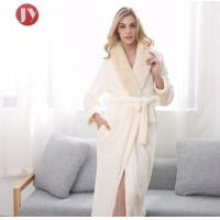 China Hot Sale Extra Long Fleece Women Robe Night Gown luxury Fur Collar Bathrobe Plus Size Winter Thickening Dressing gown wholesale