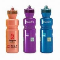 China 800mL Plastic Water Bottles, Various Colors are Available wholesale