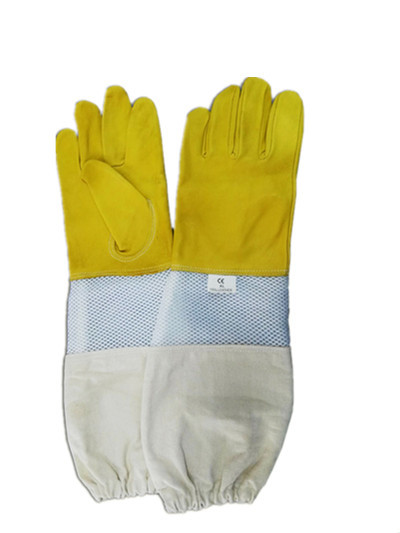 Quality Soft Beekeeping Gloves Ventilated Goatskin Yellow Color 180g 4 Type Sizes for sale