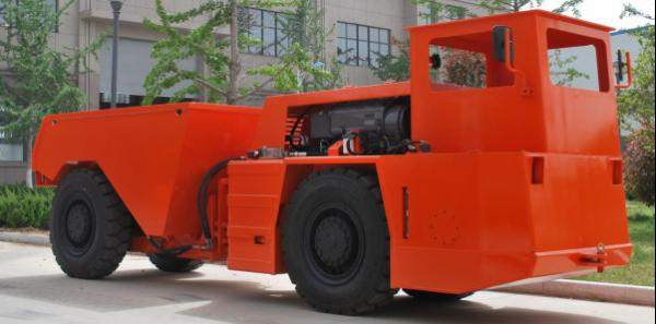 Quality RT-5 Underground Dump Truck For Quarrying Tunneling Construction , One Year Warrenty for sale