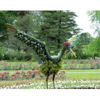 China Mountain Flying Crane Topiary Animal Garden Sculpture Art with Faux Plants for Sell wholesale