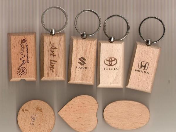 Small Wood Plastic Rubber Laser Engraving Machine Images