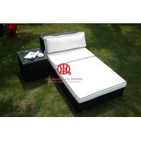 China Durable Plastic rattan furniture wicker furniture lounge suite with side table on sale