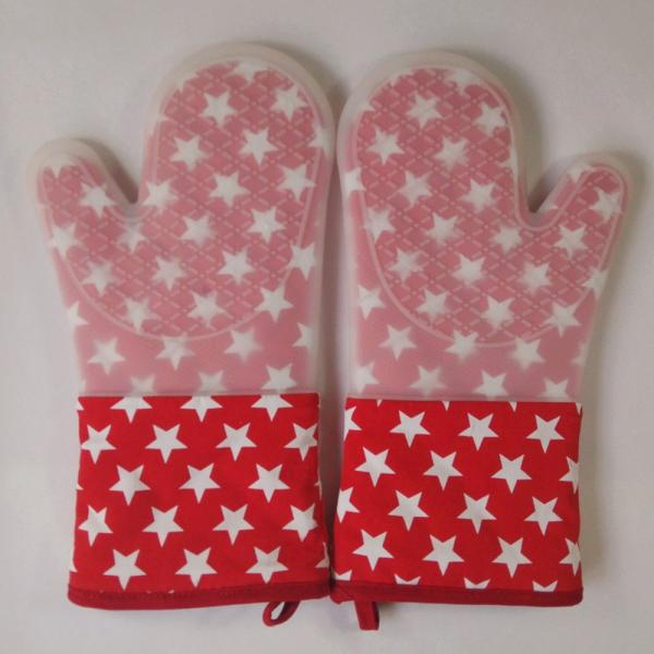 Quality Little Star Printed Red Silicone Gloves Heatproof Kitchen Oven Mitts 7.25 x 13.25 inch for sale