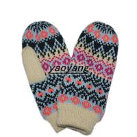 China High quality and lovely style kids' jacquard weave knitted gloves KK022 wholesale