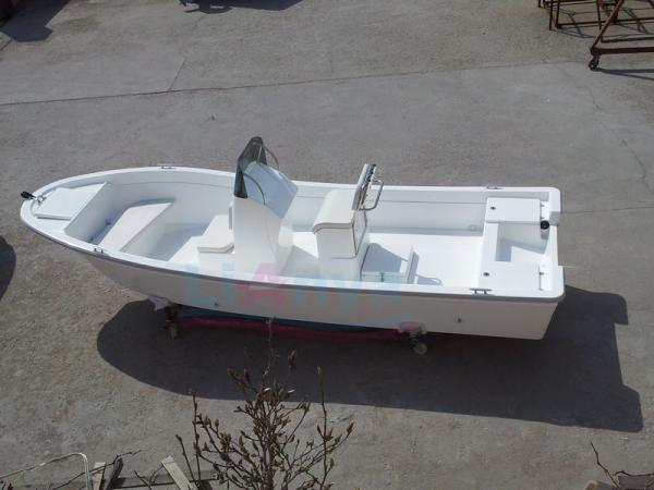how to build a small fiberglass boat