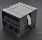 PLC EM221 16DI Programming Logic Controller 24V DC UN221-1BH22-0XA0