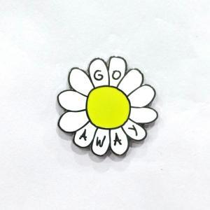 Buy cheap La solapa de encargo de la forma de la flor fija pequeña orden con el arte duro del esmalte from wholesalers