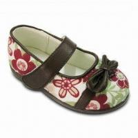 China Girl's Fabric Shoes with Hook-and-loop Strap Instep and Coffee TPR Outsole on sale